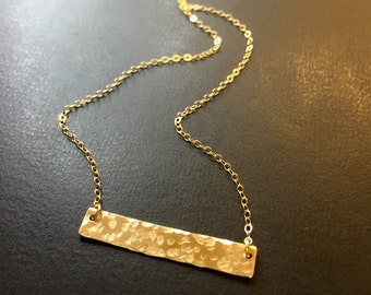 Hammered bar necklace in 14k gold fill