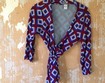 vintage. DVF Silk Jersey Diamond Print Wrap Blouse // M to L size 12
