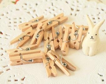 Plain MINI Wooden Pegs 25mm