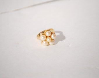 Pearl Cluster Ring One Size Fits All Gold Tone