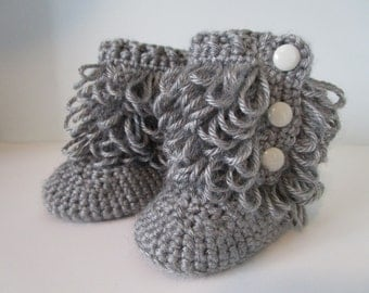 Ugg Boots, Uggs, Custom Made, Crochet Baby Booties, Baby Ugg Boots, crochet loop boots, Slippers, Photo Prop, Ugg Style Boots for Baby