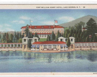Fort William Henry Hotel Lake George New York postcard