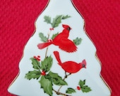 Lefton China Christmas Tree Shaped Trinket/Ring Box 1984 With Lid