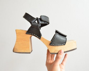 Vintage 1990s WOod and LEATHER platforms / 6