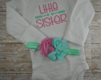 Little Sister, bodysuit, custom, embroidered, newborn, set, hospital, take home, bring home, baby girl, gift, photo prop, arrow, pink, twins