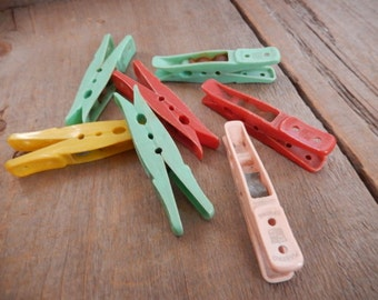 Vintage Clothes Pins Plastic Retro Unique Rustic Old Laundry Clips