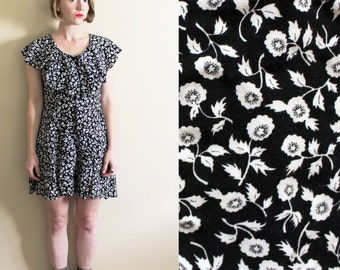 vintage romper 1990s womens clothing dress black and white floral print ruffle collar size small s