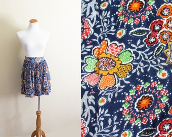 SALE vintage shorts 1990s womens clothing indian print blue colorful floral print size l xl extra large