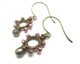 Pyrite Circle Earring in Lavender and Metallic