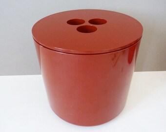 Crayonne ice bucket 1070's classic modernist design