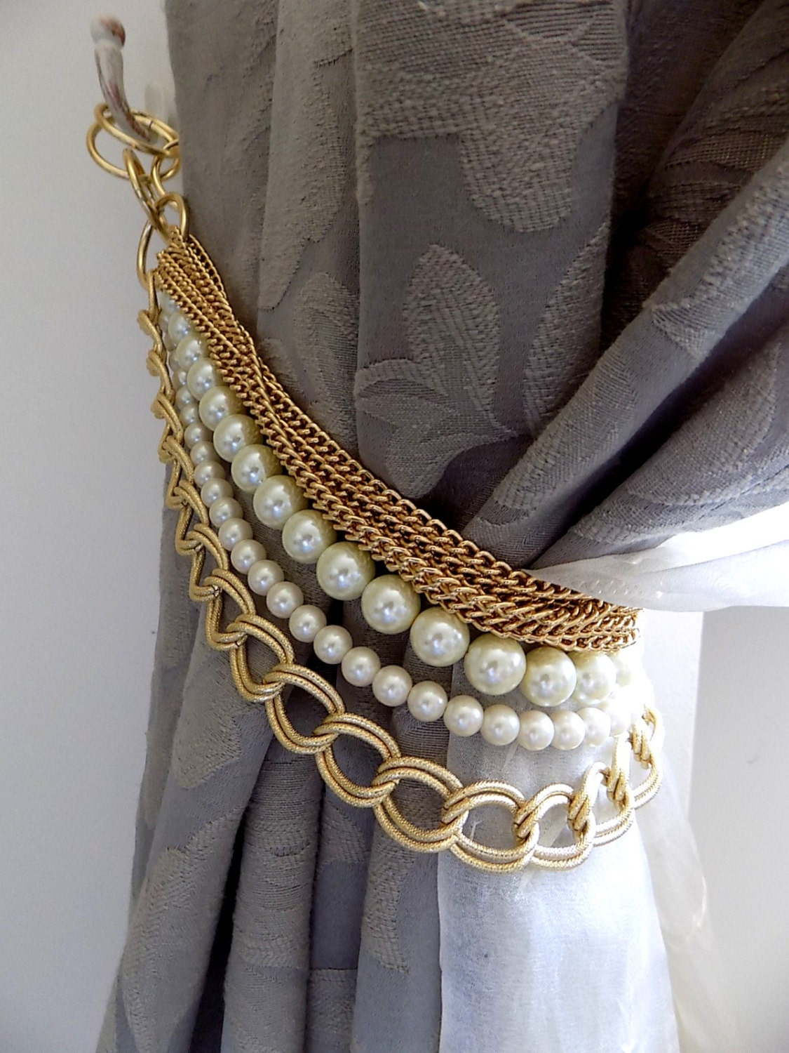 Beaded Decorative Curtain Holder Tie Back With Golden Chain