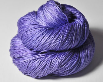 Periwinkle on its way to paradise - Silk Fingering Yarn