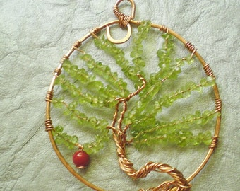 Tree of Life pendant in Peridot, red coral, and copper wire, pendant with gemstones and coral, tree of life pendant, necklace