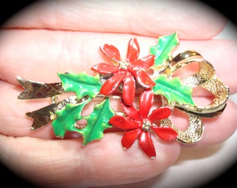 Vintage Gerrys Brand Christmas Poinsettia and Holly Pin.