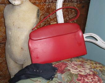 Sweet red 1950's Leather Handbag
