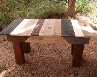 Beautiful Pallet Wood Coffee Table