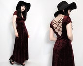 Vtg 90s Wine Crushed Velvet Cage Back Goth Witchy Grunge Vamp Maxi Dress XS // S
