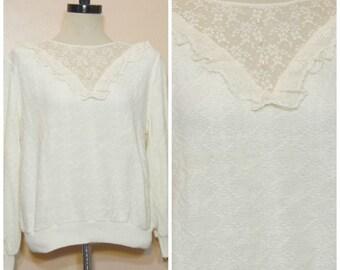 80s 90s White Lace Collar Sweater Small Medium Oversized Ruffle Collar