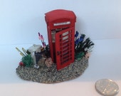 Dolls House Miniatures  Hand Painted Pretty 148th (14inch) quarter scale  Phone Box Garden Scene