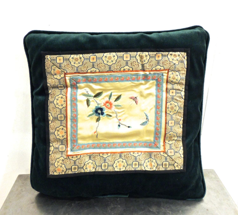 vintage velvet throw pillow 1950s 60s dark green pillow w. Black Bedroom Furniture Sets. Home Design Ideas