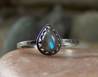Labradorite 5x7mm Smooth Pear Sterling Silver Ring Crown Bezel Stacking Ring
