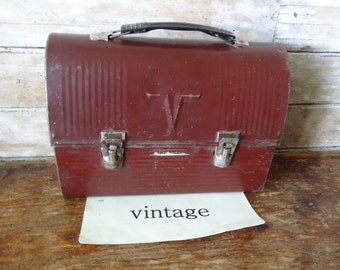 Vintage Great Metal Brown Lunch Box