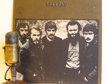 "The Band debut Vinyl Record Album 1960s Canadian Roots Rock and Roll Levon Helm Robbie Robertson ""The Band"" (Capitol 1969 - 2nd pressing))"