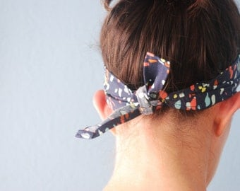 Nice and Wide Tie Headband in Colorful Splotch Navy