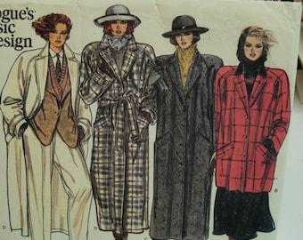 Raglan Sleeve Coat Pattern, Loose Fitting, Lined, Notched Collar, Tie Belt, Welt Pockets Vogue 1614 Size 12 14 16