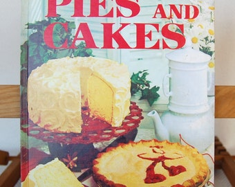 Vintage Better Homes and Gardens Cookbook Pies and Cakes 96 pages 7th print circa 1969    CB326