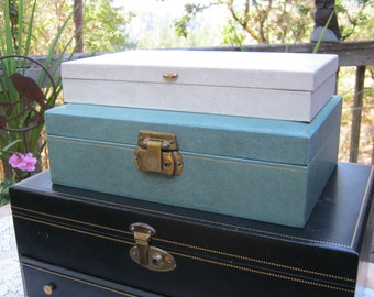 Aqua Jewelry Box with Gold Trim and Gold Interior - Oak Hill Vintage