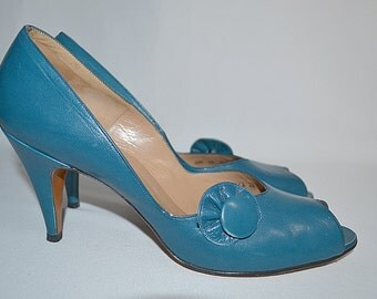 Vintage 1950s  Dark Turquoise Aqua All Leather Ruffle Detail Peep Toe Pumps Sz 9