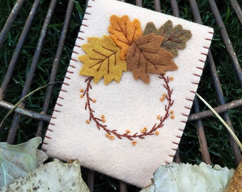Gift Card Envelope Embroidered Felt Leaf Wreath