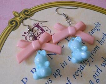Sweet Lolita bear earrings with light pink bows