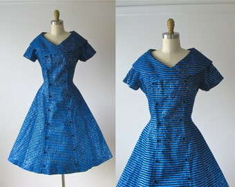 vintage 1950s dress / 50s dress / Party Favors