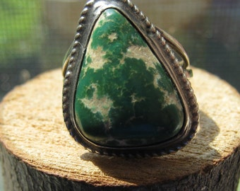 Southwestern Old Pawn Vintage Sterling Silver White and Green Turquoise Ring Women's Ladies Size 7