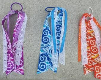 Paisley streamer ribbons