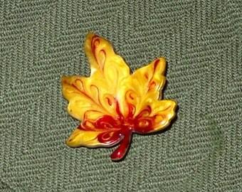 Lovely Vintage Brooch - Maple Leaf - Japan - FREE SHIPPING!