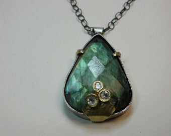 "labradorite and moonstone necklace ""Ostara"""