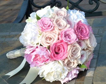 Bridal Bouquet - TIMELES CLASSIC, Wedding bouquet, Wedding flowers, Bridal flowers, Silk flowers, Preserved flowers, Bride's bouquet.