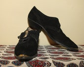 Nine West 80's ,90's Black Suede Western Pointed toes ankle boots Size 10