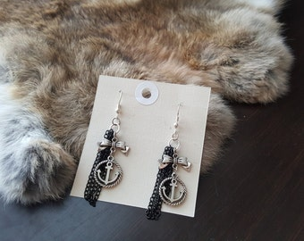 Olivia Paige - Pin up rockabilly Anchor Sailor style chains earrings