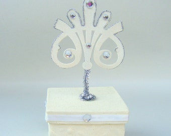 Ivory Square FiligreeTrinket Box Glitter Sparkly Jewelry Storage Keepsake Papier Mache Handmade Container Desk
