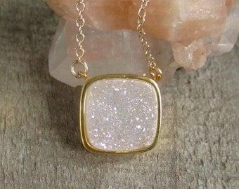 Natural White AB Druzy Necklace, Drusy Necklace, Druzy Quartz Jewelry, Gemstone Necklace, Layered Necklace, Raw Stone Necklace