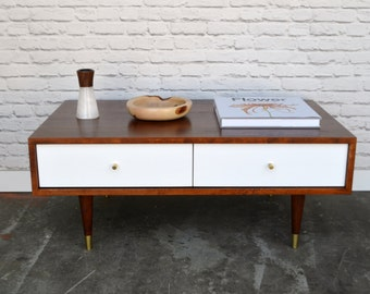 Oxelaand Coffee Table with Drawers - Solid Cherry - Antique Finish - White Drawers