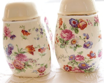 Vintage Salt Pepper Shakers Cheery Chintz ERPHILA Dorset Germany 17 Hole Collectible Shakers Romantic Kitchen Flowers Floral Country Cottage