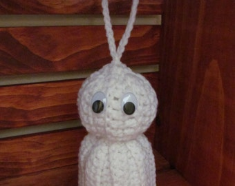 """Crocheted Ghost Door Hanger Halloween Autumn Stuffed """"Floating"""" White Ghost Holiday Ornament Fall Season Home Decor Gift under 10"""