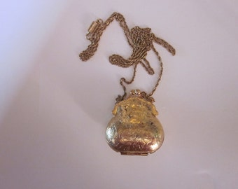 Gold Neck Purse with Chain