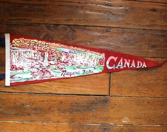 Oh Canada... Vintage Niagra Falls Canada Felt Pennant, Travel Pennant, Souvenir Pennant