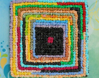 Hand Hooked Fabric Counter/Table Mat/Trivet — Squares